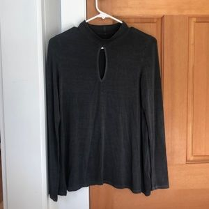 Soft and sexy grey keyhole longsleeve from A&E